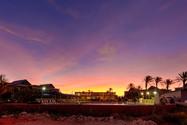 Mantarays-Sunset-Web.jpg