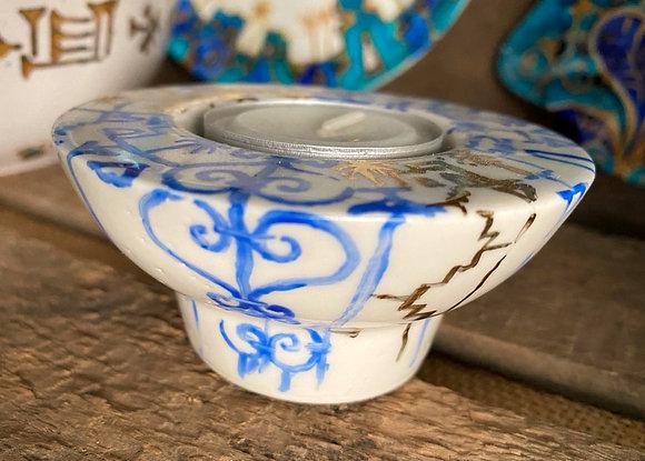 Handbemaltes Teelicht aus Porzellan