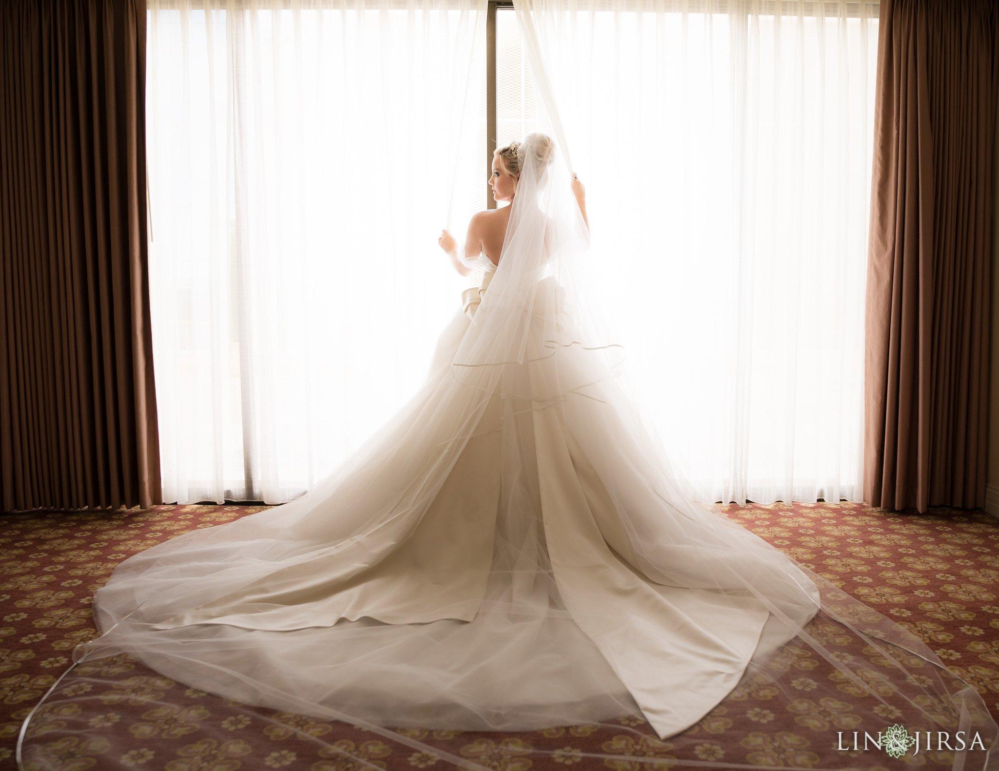 06-Westgate-Hotel-San-Diego-Wedding-Phot