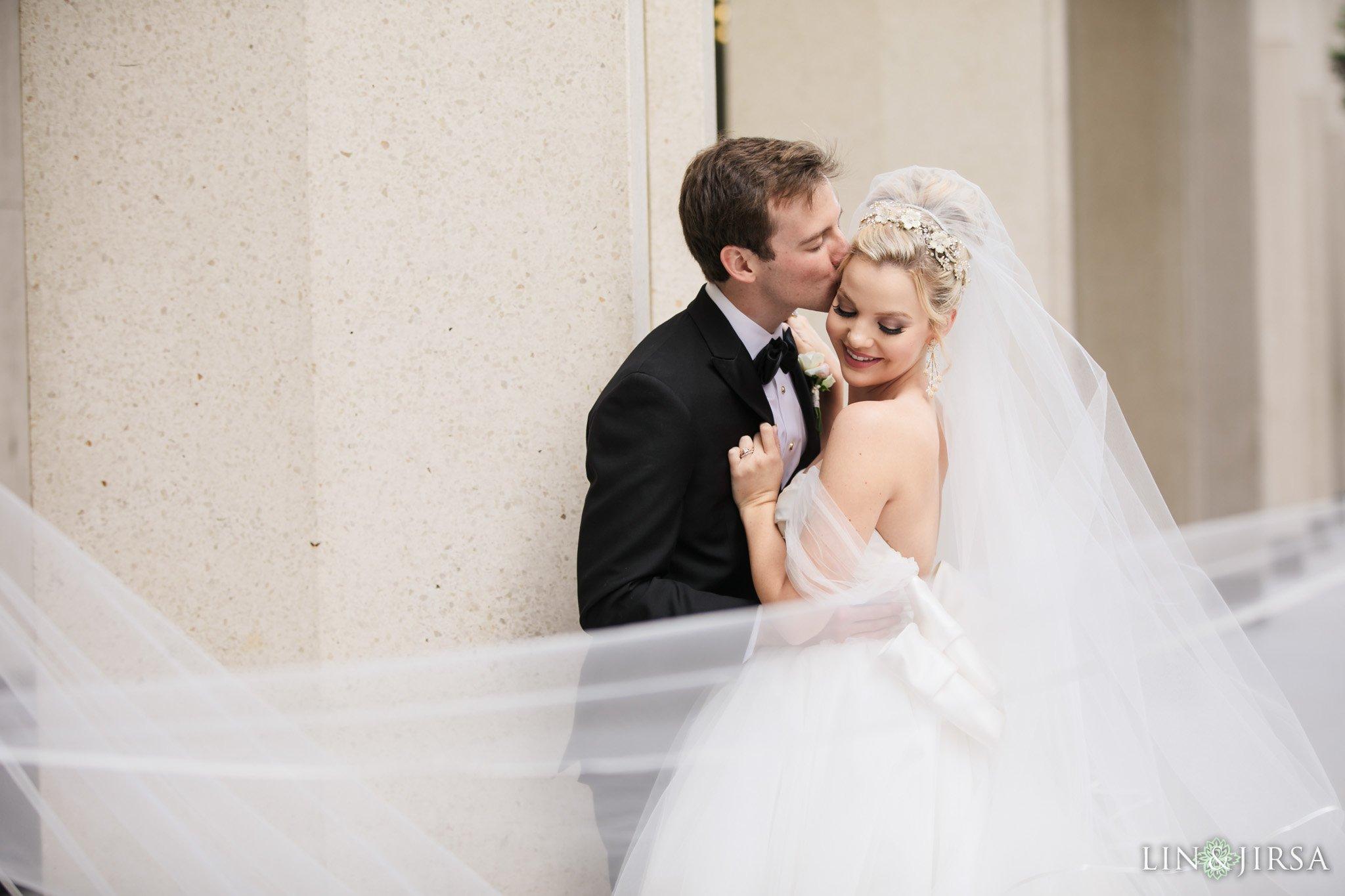 22-Westgate-Hotel-San-Diego-Wedding-Phot