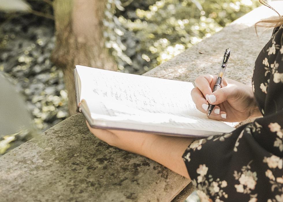 maria cassano writing.jpg