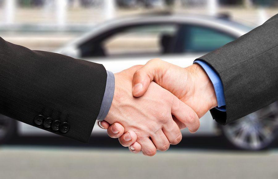 Social-selling-handshake
