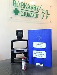 Glöm inte EU-pass, vaccinationsintyg när ni kommer till oss. Alltid gratis parkering hos oss på Barkarby Djurakut.