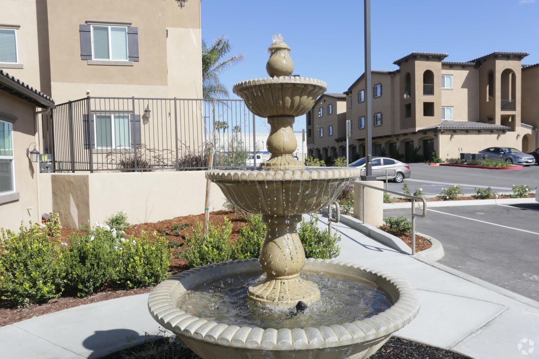 santa-barbara-luxury-apartment-homes-ria