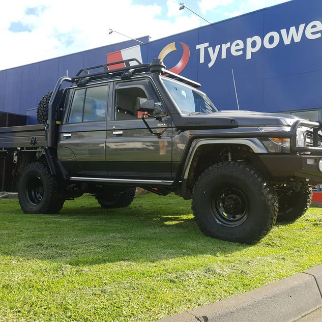 Dick Cepek Extreme Country tyres