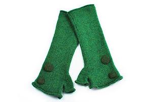 henrietta-fingerless-green-spotty-long.j