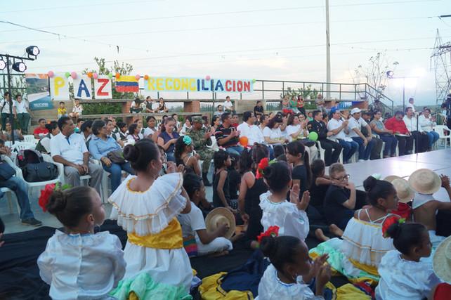 En Barrancabermeja, danzas, teatro, música y sonrisas hicieron parte de la clausura de 'Mambrú no va