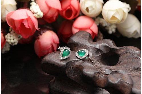 S925 Sterling Silver Green Drop shaped Earrings £7.00