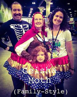 Family SIze at LA COMIC CON!