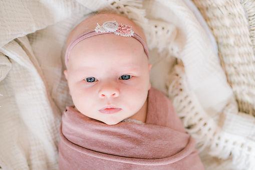 Bonarius fotografie Geposeerde newborn lifestyle (9).jpg