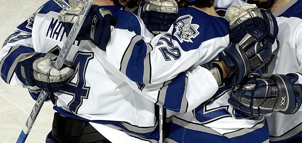 Hockey Team Huddle.jpg