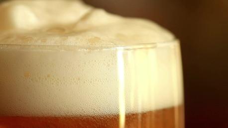 BNA  Kelowna beer pour