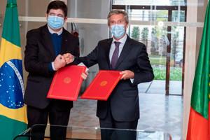 Portugal assina acordo para participar na Bienal do Livro SP como país convidado de honra
