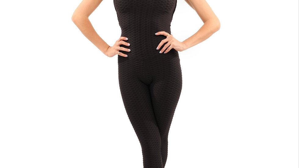 Alanda Bentley Jumpsuit in Black With Form-Fitting Fabric
