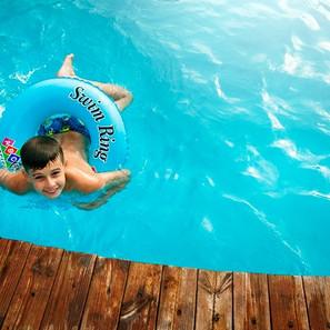 El Cloro de las piscinas y su efecto en los Ojos