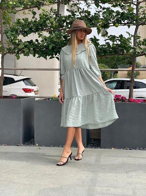 שמלת מניפה קומות
