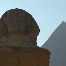 Sphinx Pyramid in Egypt.jpg