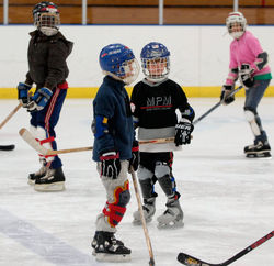 HockeyTrust08_016-01.jpg