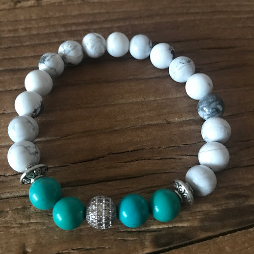 Green & white Howlite