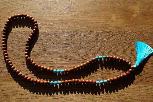 Necklace wood & blue Howlite