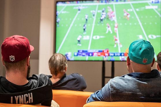 Football Public Viewing im Hamburger Ding