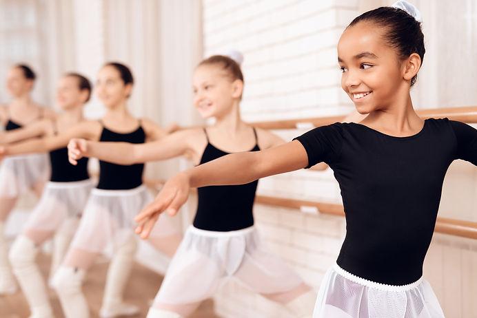 Young ballerinas rehearsing in the balle