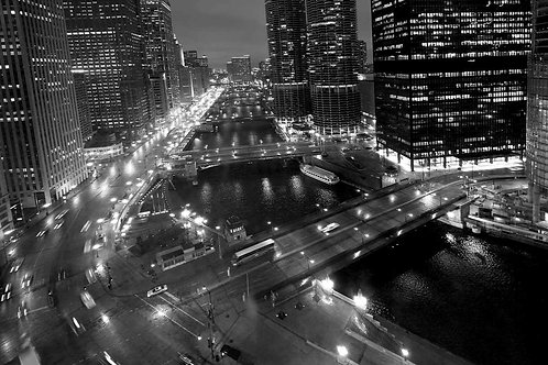 Chicago River West view Black and White