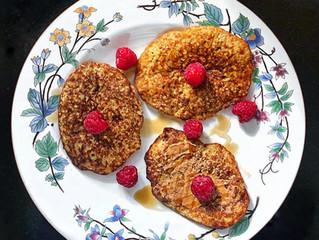 Banana oat pancakes 2 ways!