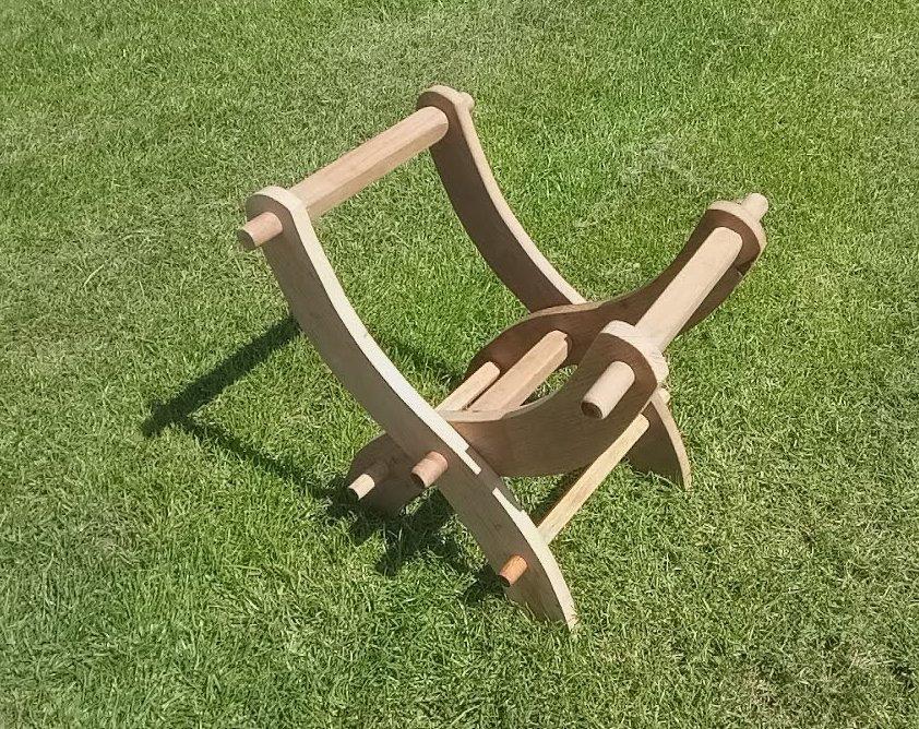 stoolmockup.jpg