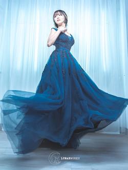 Blue-Dress-Makeover-Photoshoot