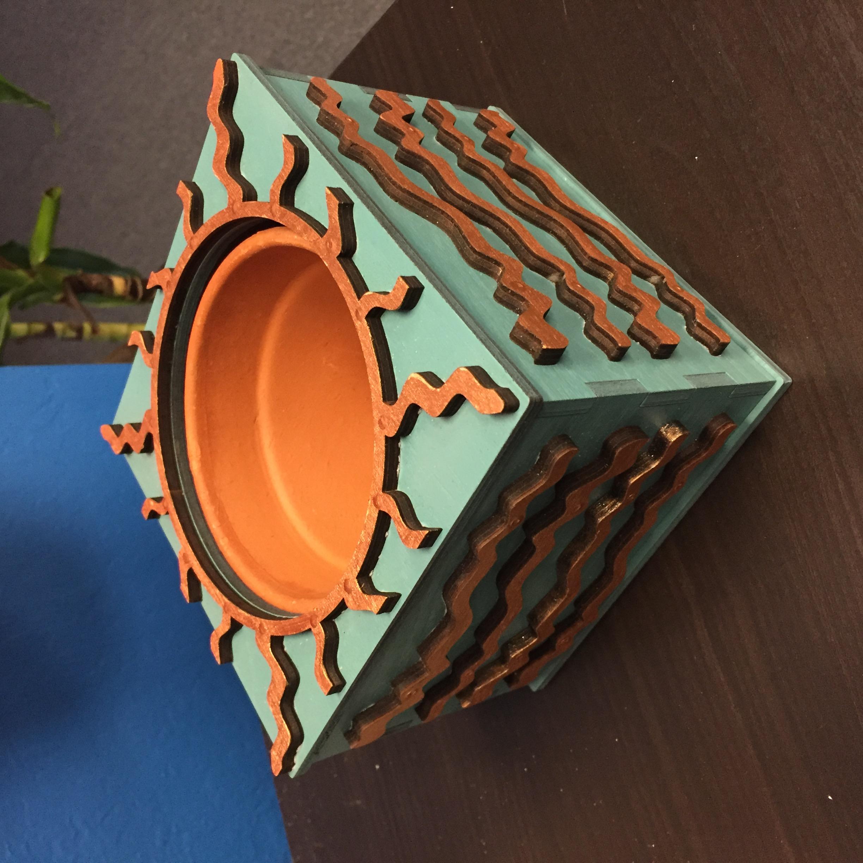 Landon flower pot
