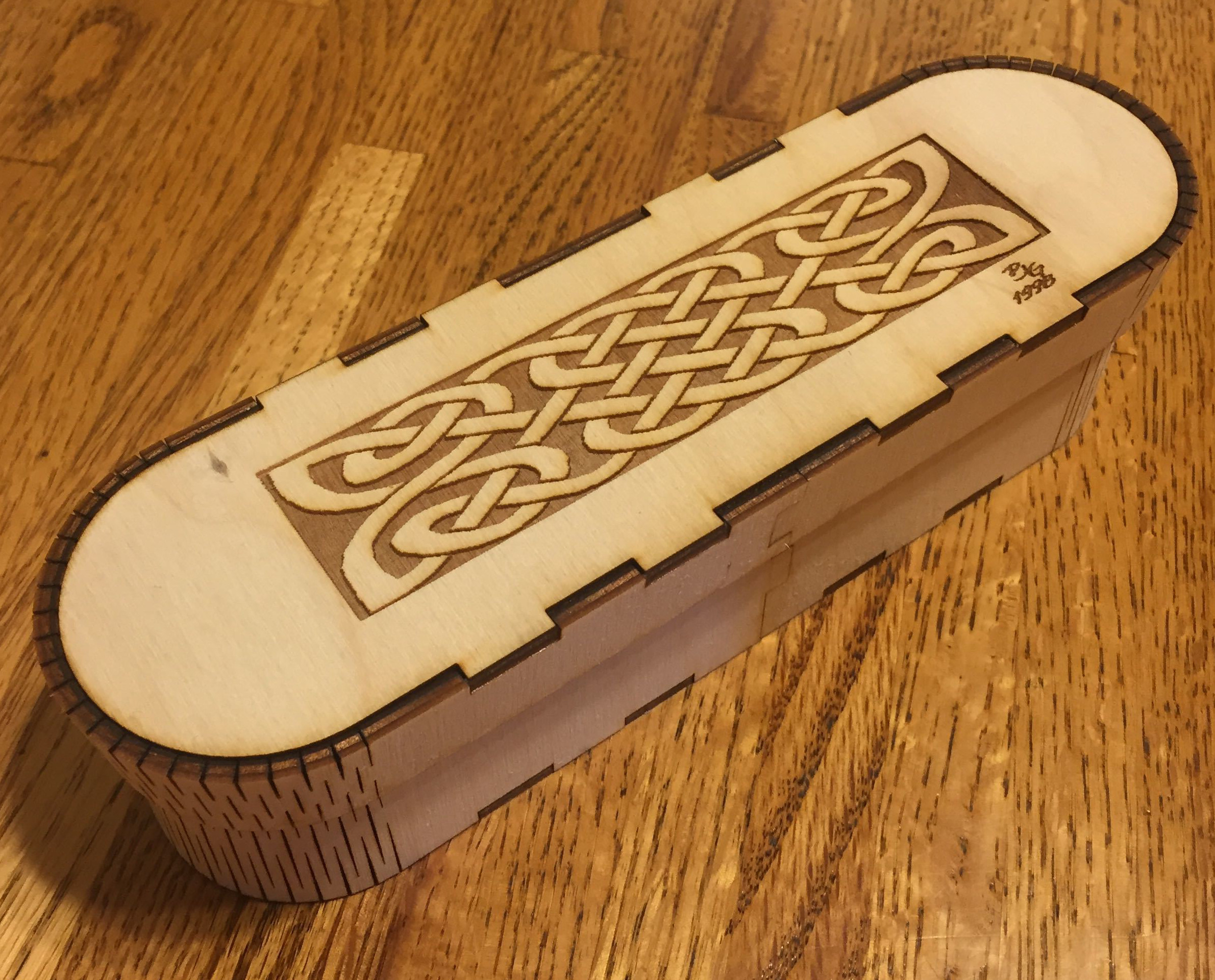 wood pencil box