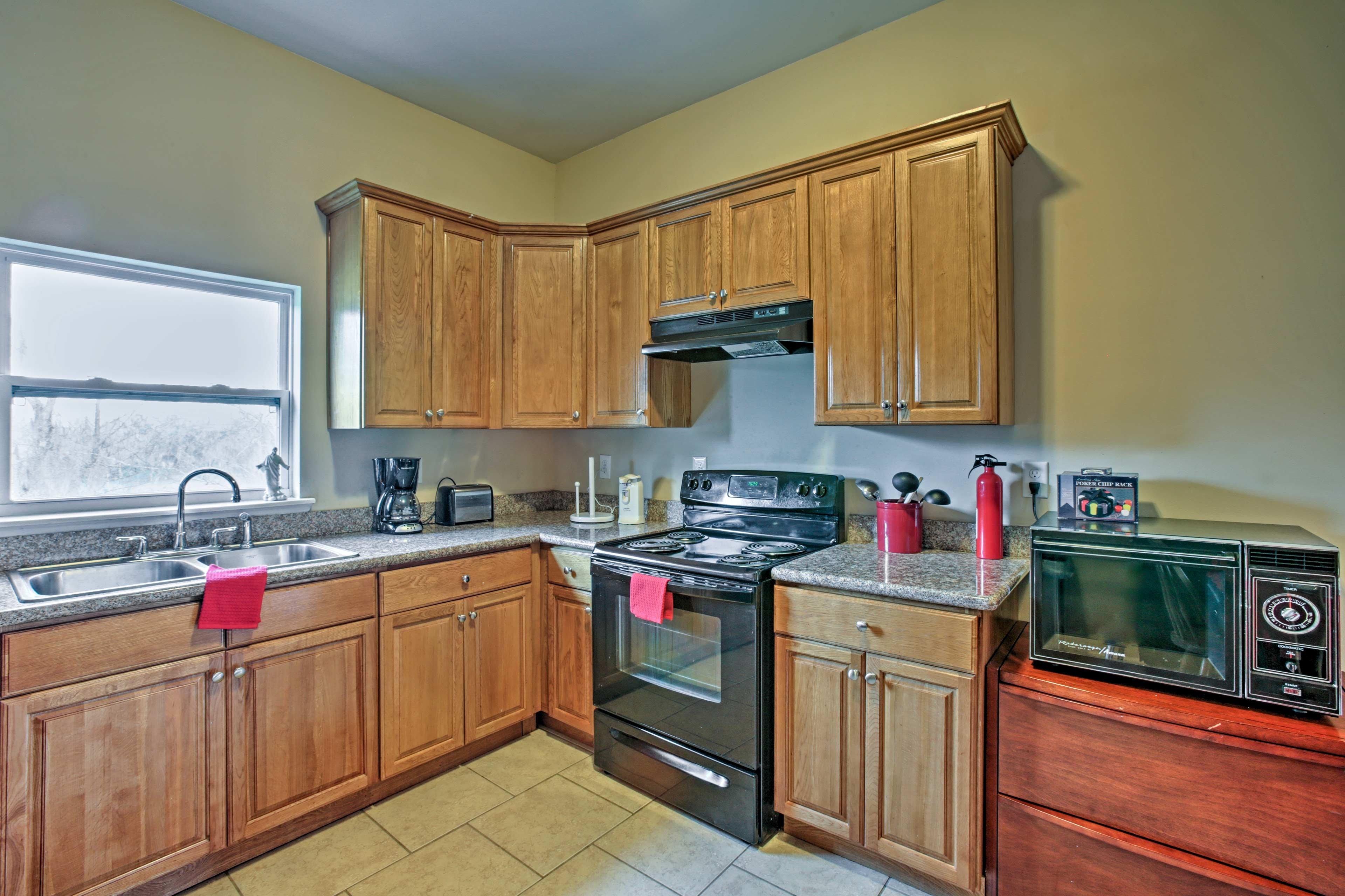 Pro 3 BR Kitchen 6 (1)