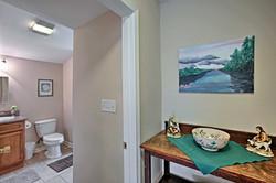 Pro 1 BR bath hall