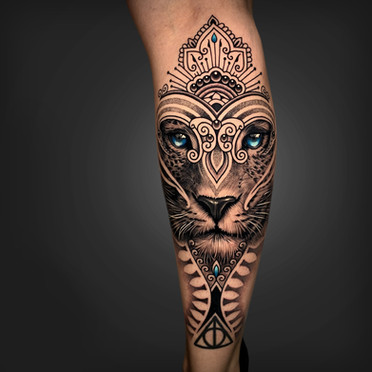 Mosaic Flow Realism Leopard Coen Mitchell Tattoo Gold Takapuna Tattoo Studio Auckland New Zealand