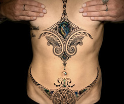 Coen Mitchell Tattoo Gold Takapuna Tattoo Studio Sternum