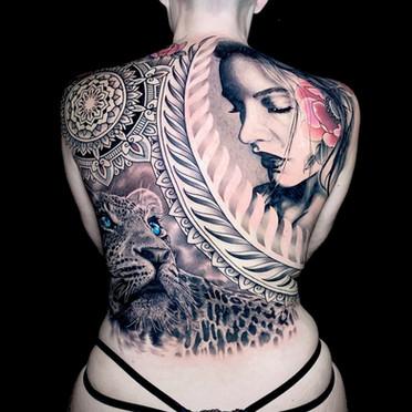 Full back tattoo Realism Leopard Realism face Coen Mitchell Tattoo Gold Takapuna Tattoo Studio Auckland New Zealand