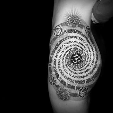Mandala side hip tattoo Coen Mitchell Tattoo Gold Takapuna Tattoo Studio Auckland New Zealand