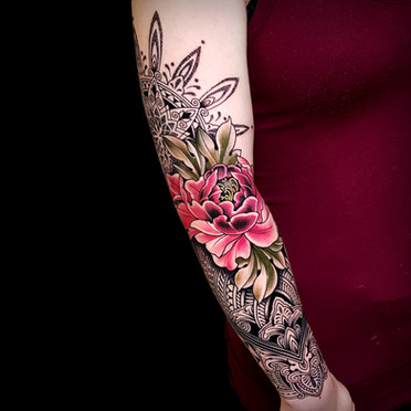 Mosaic Flow Peoni Coen Mitchell Tattoo Gold Takapuna Tattoo Studio Auckland New Zealand