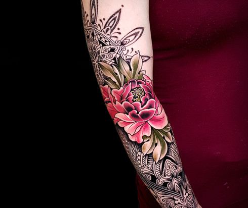 Mosaic Flow Peoni Coen Mitchell Tattoo Gold Takapuna Tattoo Studio Auckland New Zealand
