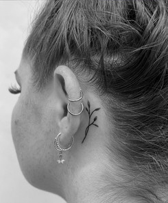 hand poke Little Love Tattoos Tattoo Gold Auckland tattoo studio