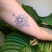 Hand Poke Tattoo Gold Auckland New Zealand