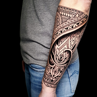 Mosaic lotus forearm Coen Mitchell Tattoo Gold Takapuna Tattoo Studio Auckland New Zealand