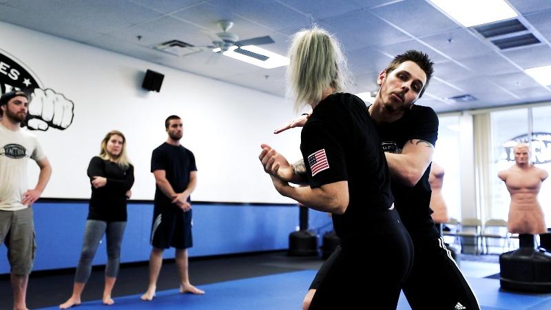 choke womens self defense class mesa