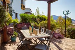 Mosaic table & garden terrace_1