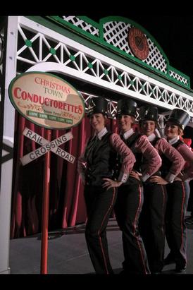 Busch Gardens' Christmastown Conductorettes