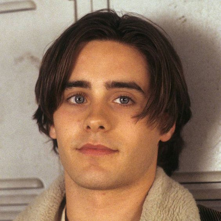 90s Men Who Rocked the Curtains Hairstyle