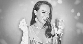 Holly De Villier & Band