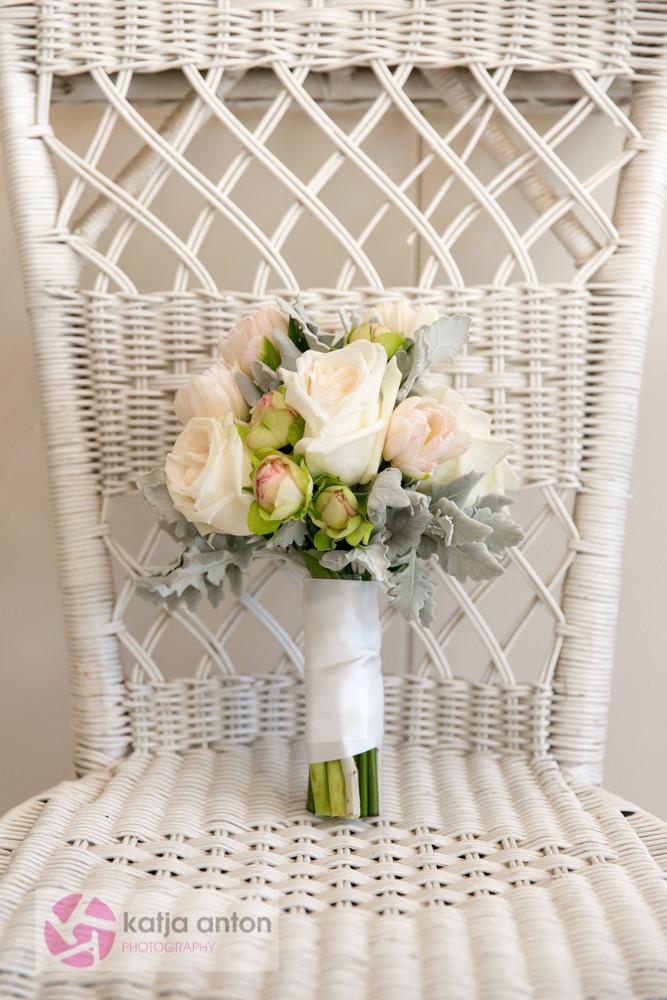 www.soveryfeminine.com  Noosa House of Flowers