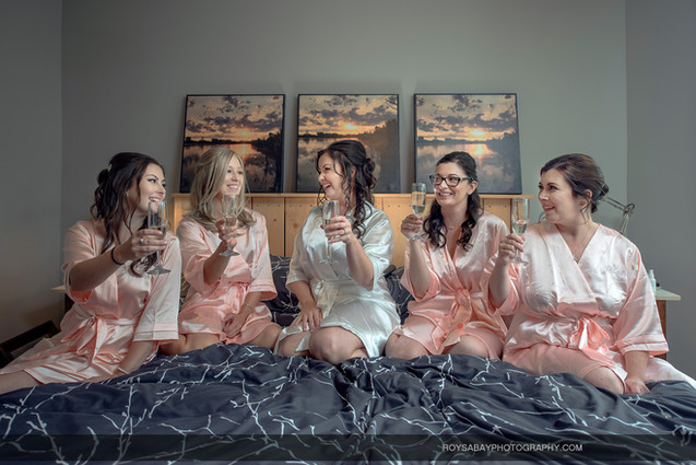 Lynne with Bridesmaids